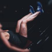 3 Übungen für Beintraining Zuhause