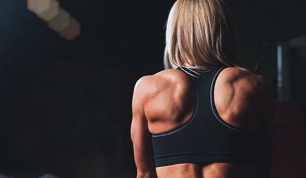 Trainingsübungen für die Schultermuskeln