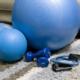 Fitnesstraining Zuhause während einer Quarantäne
